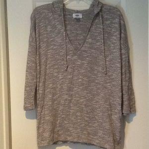 Lightweight Hooded 3/4 sleeve sweater